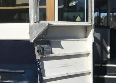 boat-door-handle-repair-welding-vancouver-cedric-marina-1