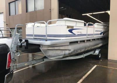 custom-aluminum-pontoon-boat-welding-vancouver-2