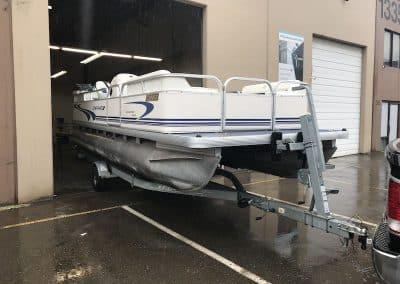 custom-aluminum-pontoon-boat-welding-vancouver-3